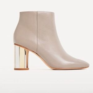 ZARA TAUPE BOOTS W/ MIRRORED HEELS (NEW)